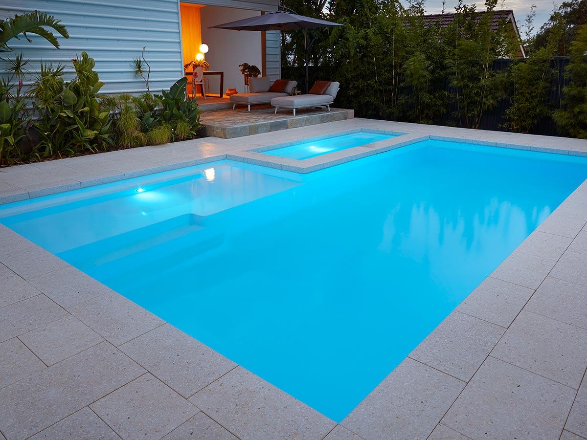 resort-8m-pool (3)